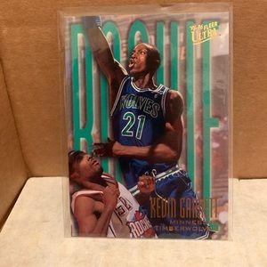 Kevin Garnett 95/96 Ultra Rookie Card #274